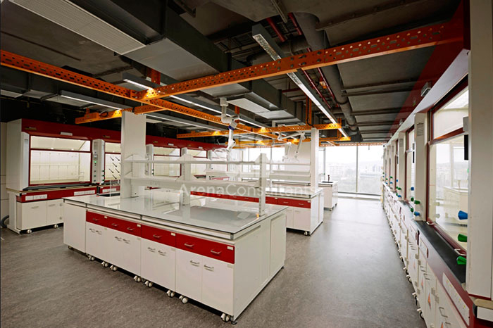 Industrial Flooring pattern and lab table layout design